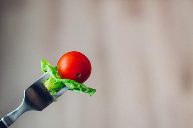 food-tomato-large